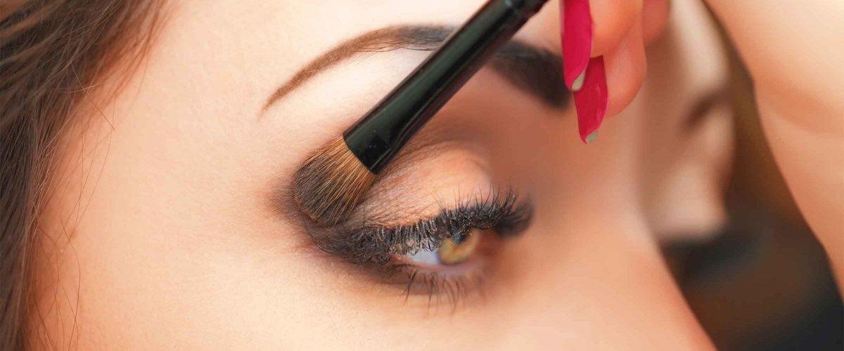 makeup0-1200x500-1