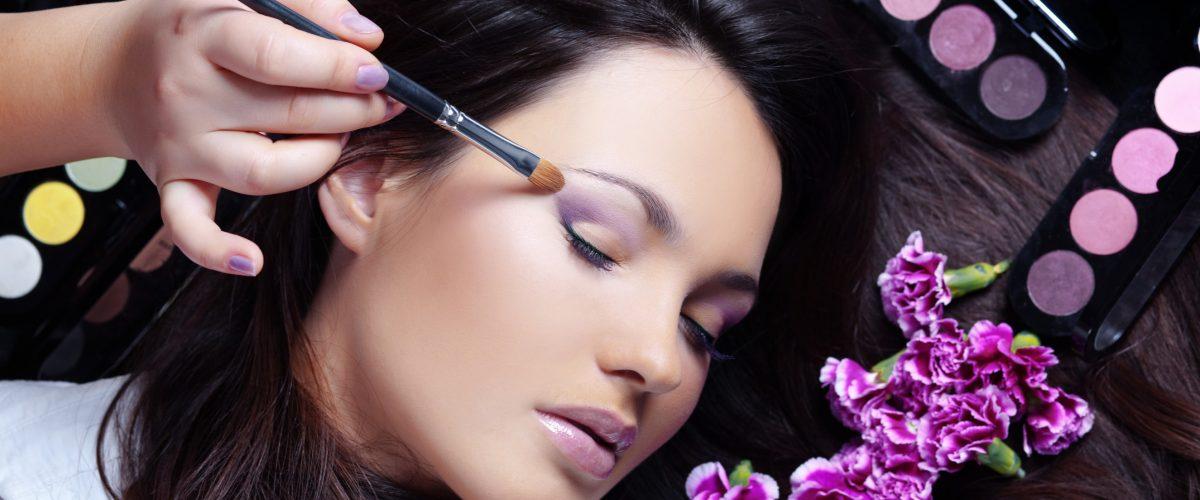 makeup-1200x500-1