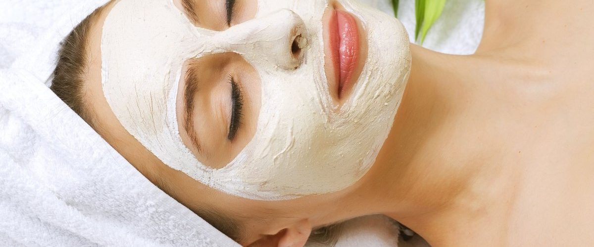 Revitalizing-DIY-Clear-Skin-Mask-That-Removes-Wrinkles-Acne-and-Acne-Scars-Blackheads-and-Pores-1200x500-1